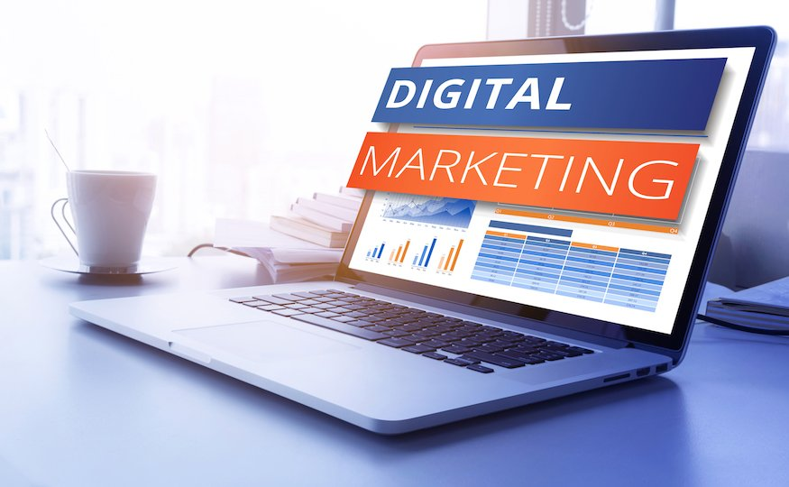 Digital Marketing ROI with Google Analytics Campaign Tracking