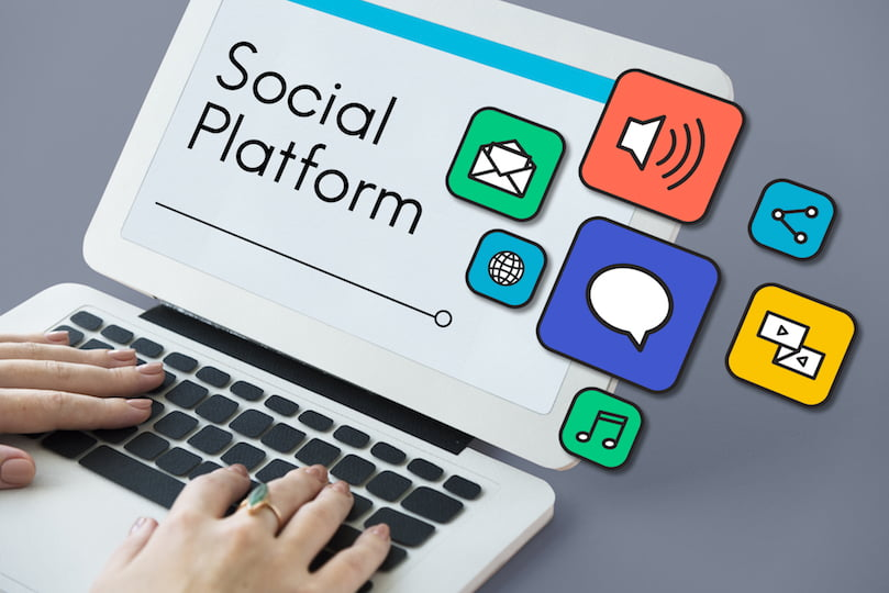 Swamped by Choices? How to Choose the Right Social Media Marketing Platform