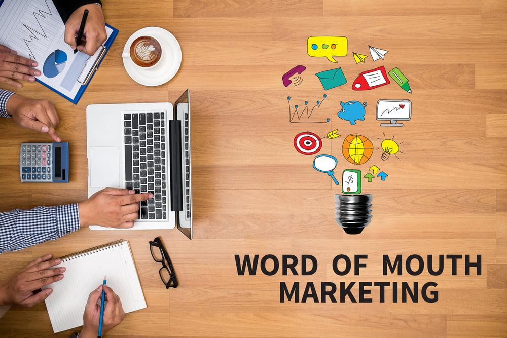 Qu'est-ce que Buzz Marketing?  Et comment le créer réellement